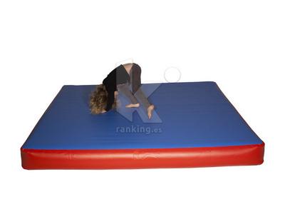 Colchoneta inflable AIR MAT 2 x 2 m